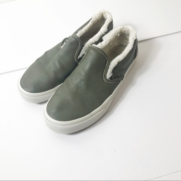 c908a0c34b3f57 Vans Army Green Leather Slip Ons with Fur. M 5bd916942beb799096e69ac1